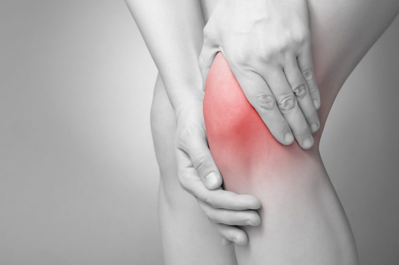Are you living with Knee Pain? The Regenerative Clinic can help!